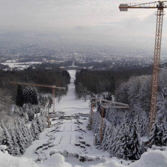 Liebherr-Krane_Herkules-Kassel_Wedekind-Baumaschinen_Weihnachten